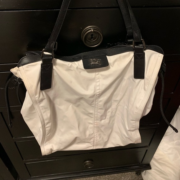 Burberry Handbags - Burberry shopper nylon and leather tote in white